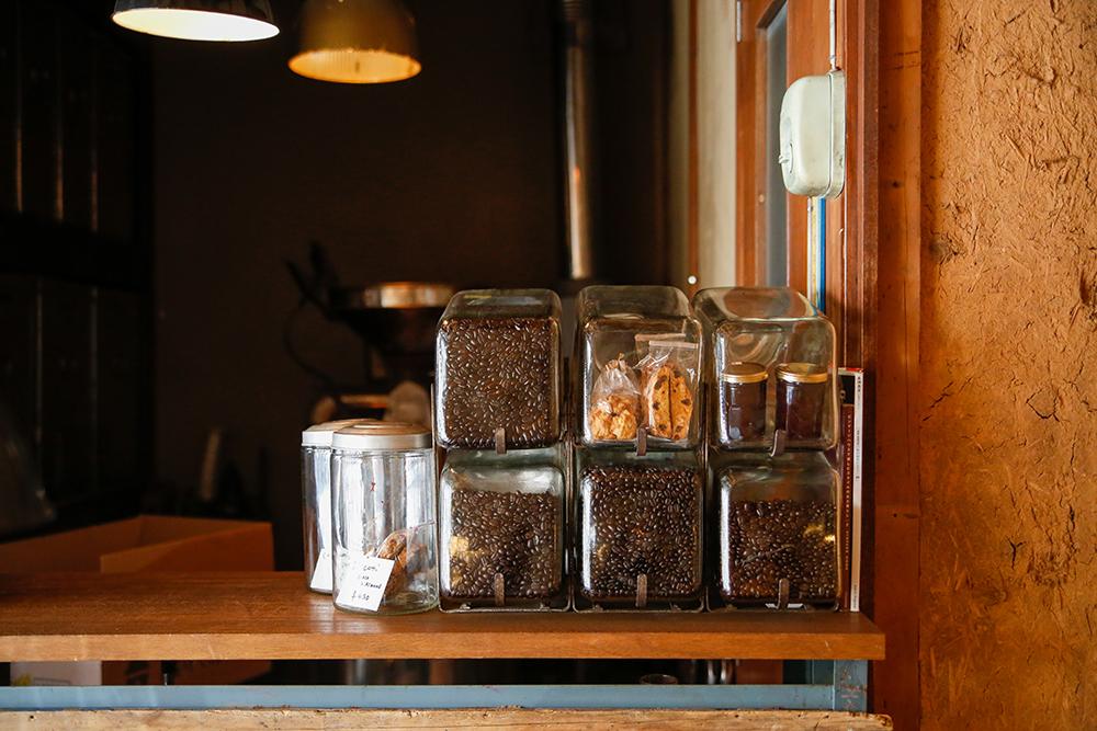 株式会社行雲美観堂アルバイト・石川優子(いしこさん)お気に入りの「RA COFFEE」の店内